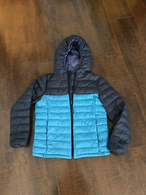 Uniqlo Kids Hoodie Jacket Size 150. Height 145-155cm/ Chest 71-77cm. Cyan/ Blue