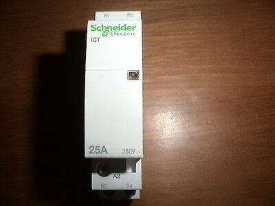Contacteur 2 Contacts N0 25 Amperes Bobine 24Vac Schneider Electric Merlin Gerin
