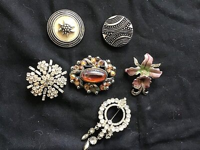 Job Lot Bundle Of Vintage Brooches & 2 Scarf Clips Costume Jewellery