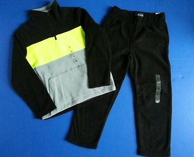 Children's Place Boys Small 5/6 Fleece 2 piece Outfit Black Yellow NWT