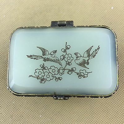Unique Vintage Chinese jewellery box, valuable box with engraved flowers image