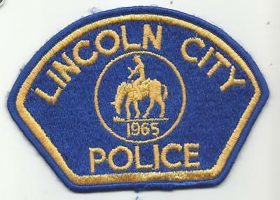 Lincoln City OREGON OR Police patch OLD full embroidery