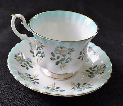 Vintage ROYAL ALBERT Bone China England Blue DOG-ROSE #4471 Set Cup & Saucer