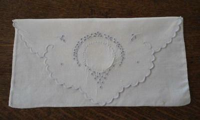 Vintage Madeira Linen Napkin Lingerie Case Pouch Embroidered Eyelet Wreath