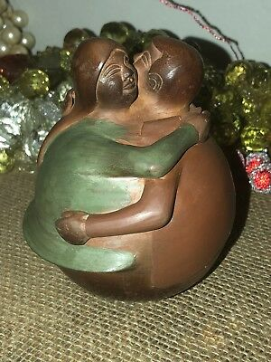 Peru Peruvian SIGNED MIGUEL GARCIA  Art Pottery Loving  Man & Woman Sculpture
