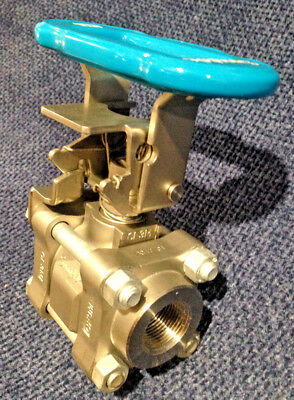 "SWAGELOK SS-65TF12-BL-LLK-30839 3/4"" NPT Threaded BALL VALVE 2200 PSI 316SS Body"