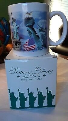 Statue of Liberty Cup from Gift Shop Orginal Box New Very Nice Colors Great Gift