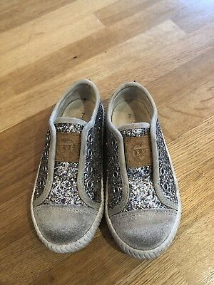 Girls Next Glitter Silver Pumps Trainers Size 7 Infant