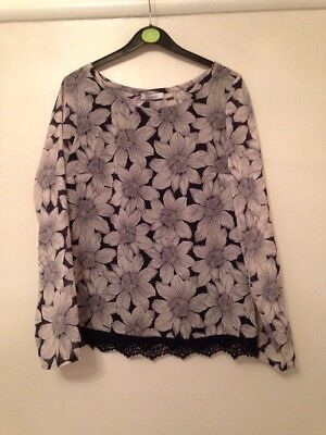 Marks And Spencer Classic Collection Flower Top Size 10 Blue & White BNWT