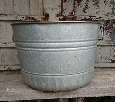 Genuine vintage galvanised ribbed dolly tub in vgc planter garden tree large