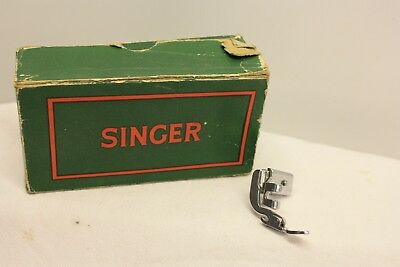Vintage Singer Sewing Zipper Foot 161127 Sewing Machine Attachment Item M371