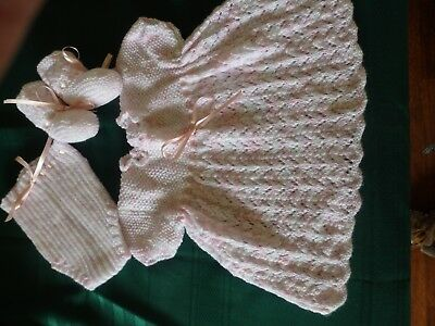 NEW - Hand knitted baby set - pink multicoloured - dress booties and panties 000