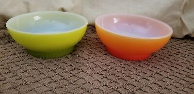 """Vtg 1950's Fire King 2 5"""" Fire King Milk Glass Cereal Chili Bowl Ombre"""
