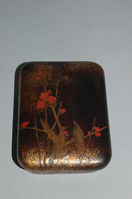 Small lacquer box for incense or cosmetics, bird in plum tree, Japan, Edo period