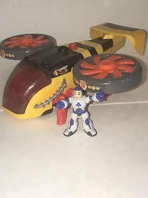 Fisher Price IMAGINEXT Sky Racers HORNET COPTER Helicopter & Figure 2011