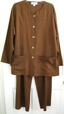 FINITY Vintage 2 Piece Raw Silk Jacket/Top & Pants  Size 12 Pre-Owned!
