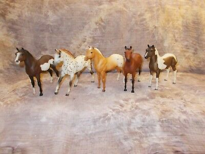 Breyer Vintage Stock Horse Foals Lots of Colors ( 5 ) Holiday Set Specials