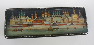 """RUSSIAN BLACK LACQUER BOX Lot 7 of 18 HOCKEY IN THE CITY 6"""" Long"""