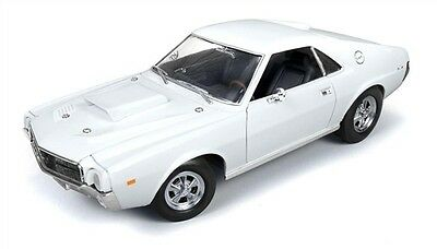 1/18 Auto World American Muscle 1969 AMC AMX Hurst S/S in Frost White