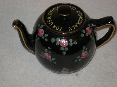 World War II Teapot For U.S.A. BRITAIN AND DEMOCRACY A Piece of History!!