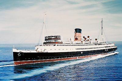 """IOMSPCo Steam Packet ships Sets 10 6x4"""" Colour & BW photos & A4 prints to frame"""