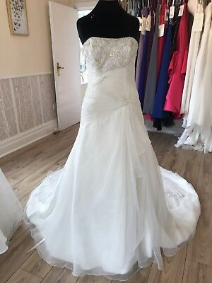 Alfred Angelo Wedding Dress In Ivory Size 12