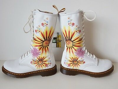 NEW Rare Dr martens 14 eye hole flower burst floral high boots UK 7 EU 41 315241287337