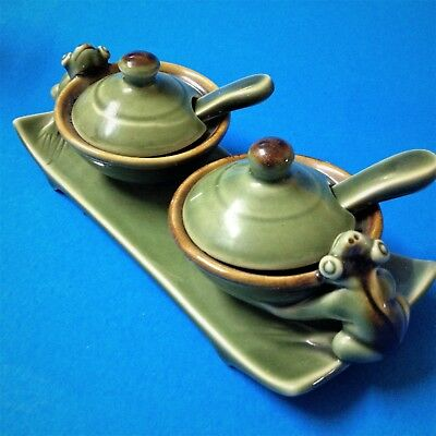 Stoneware Double Condiments Pots on Fixed Tray - Sculptured Green Frogs