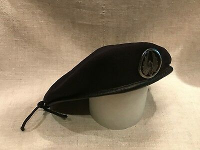 Vintage Special Commando Black Beret with Pin! ***DISCOUNTED $$$***