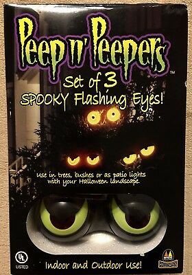 Peep n' Peepers Set of 3 Spooky Flashing Eyes Great For Windows HALLOWEEN NWT