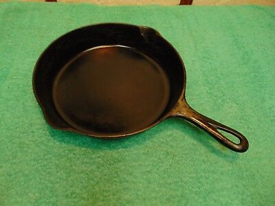 Vintage Griswold No. 8 Cast Iron Skillet with Large Block Logo - 704 S
