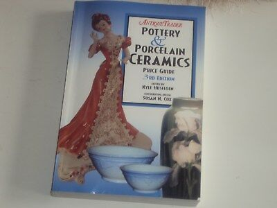 Book - Antique Trader Pottery & Porcelain Ceramics Price Guide 3rd Edition