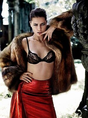 GLOSSY PHOTO PICTURE 8x10 Adriana Lima Sensual Looking With Fingers In The Mouth