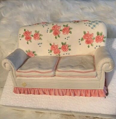 Cherished Teddies Couch Figurine with Roses Priscilla Hillman Enesco with Box