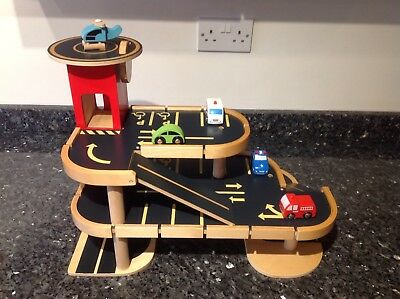 Elc Big City Wooden Garage Toy Car Vehicle Kids Role Play Vgc With Vehicles
