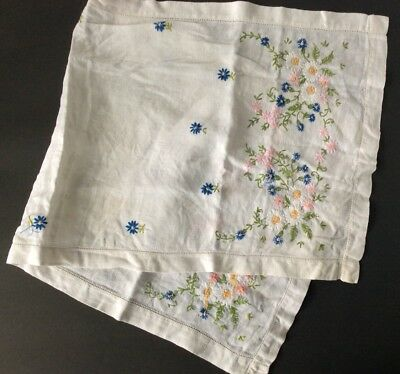 "White Linen Hand-Embroidered Flowers Table Runner Dresser Scarf 32"" X 14"""
