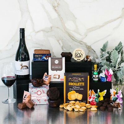 WJ Shiraz Sweet Celebration Gift Hamper