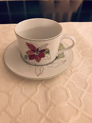 Block Spal 1982 Poinsettia Watercolors Set Mary Lou Goertzen - Cup and Saucer