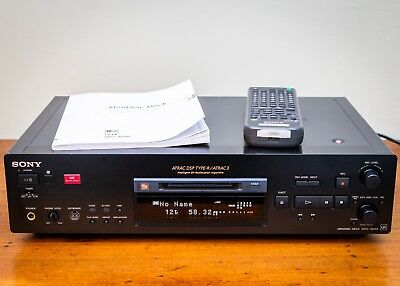 Sony MDS-JB940 minidisc recorder with remote & manual in good condition.
