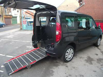 Fiat Doblo 1.4 16v ( 95bhp ) MyLife WHEELCHAIR ACCESS VEHICLE LOW MILEAGE