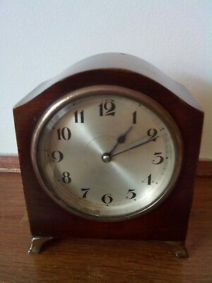 Small Edwardian Antique Mantle Clock In mahogany Very Good Condition.