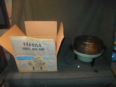 Vintage Munsey CP-4 4-Quart Corn Popper w Original Box, Green, Popcorn Retro