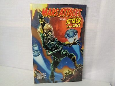 Mars Attacks Volume 1: Attack From Space TPB 2013