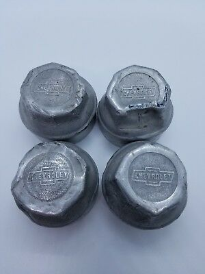 4 -  VINTAGE 1920's CHEVROLET THREADED HUB CAP GREASE BEARING COVERS (A2)
