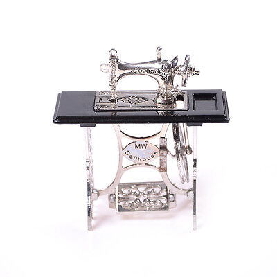 MiniaturaToyVintage Miniature Sewing Machine Furniture Toy For 1/12 Doll House_H