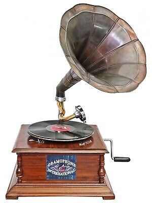 Antique style gramophone complete with horn  decorative wooden base R03
