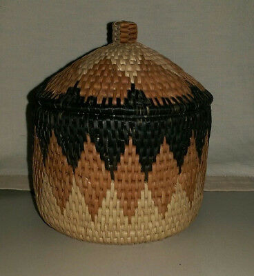 "5 1/2"" Traditional Zulu Basket With Domed Lid Diamond Pattern Brown Beige"