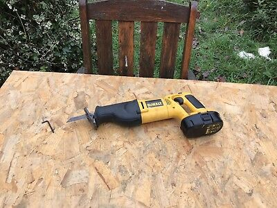 Dewalt DW938 Reciprocating Saw&Battery Works Great Comes With Allen Key
