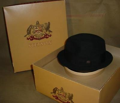 a4f160a30bf VINTAGE BLACK Stetson The Stetsonian Hat CREST  BEAVER PIN Org Box Size 6 7