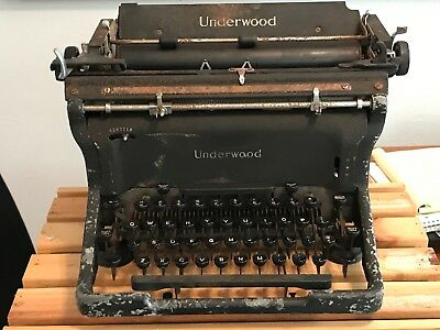 Vintage Underwood - Standard-Manual Typewriter-used- scratches, rust, as is